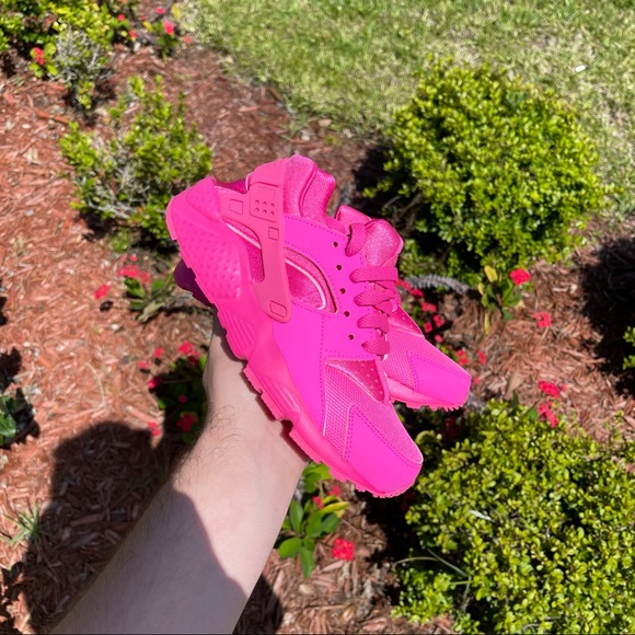"Nike Huarache Run ""Pink"""